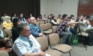 Asistentes a la presentación del libro Ciudadanía Digital en la Feria Internacional del Libro de Guadalajara 2014.